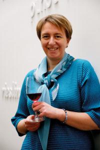 HM172_NEWSLETTER_Foodprint_Wine Lady