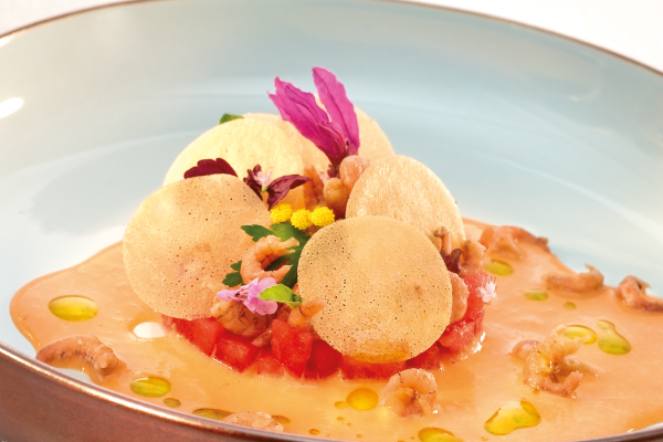 Gazpacho de pastèque et crevettes grises