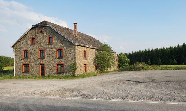 IDELUX Développement lanceert een oproep tot kopers voor een historisch onroerend goed, 'La Ferme Jacquet', in de Hoge Ardennen